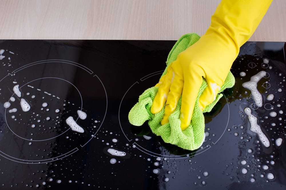 keeping induction cooktop clean, helps care for the best ceramic pan for induction